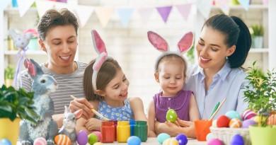 Wspólne tworzenie kartek na Wielkanoc