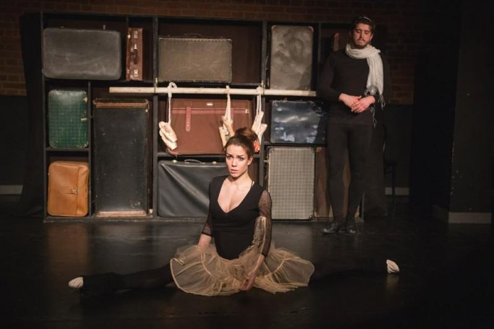 Vilde musi zmierzyć się również z wiecznie niezadowoloną nauczycielką baletu
