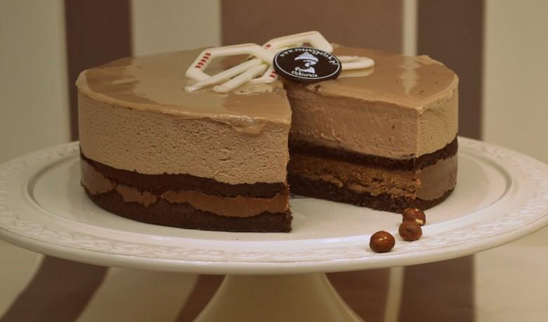 Na stronie e-torty.pl można wybrać dla Taty jeden z wielu pysznych tortów.