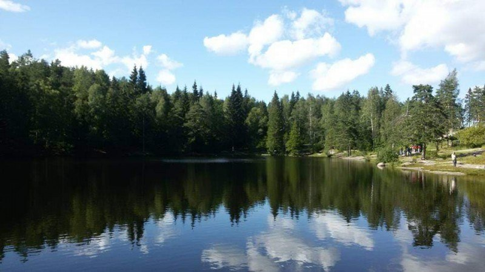 Większość wody pitnej w Norwegii pochodzi z wód powierzchniowych z rzek i jezior.