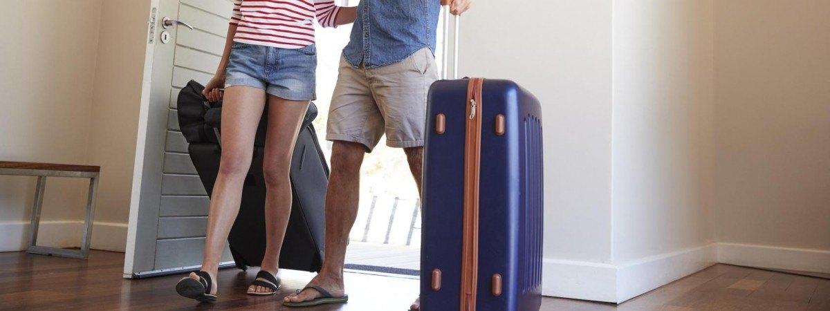 Nadszedł czas urlopów i feriepenger. O tych zasadach warto pamiętać