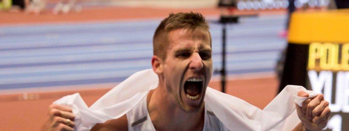 """""""Stary lis"""" nie uległ sensacyjnemu Norwegowi. Lewandowski znów mistrzem Europy"""