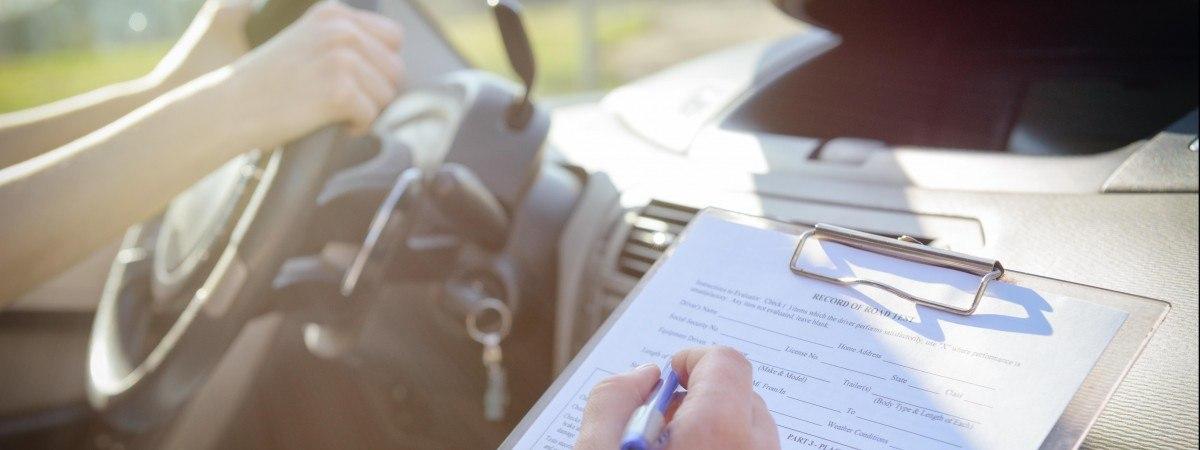 Nawet rok karencji za oszustwa na egzaminie na prawo jazdy. To cios w nieuczciwych kandydatów