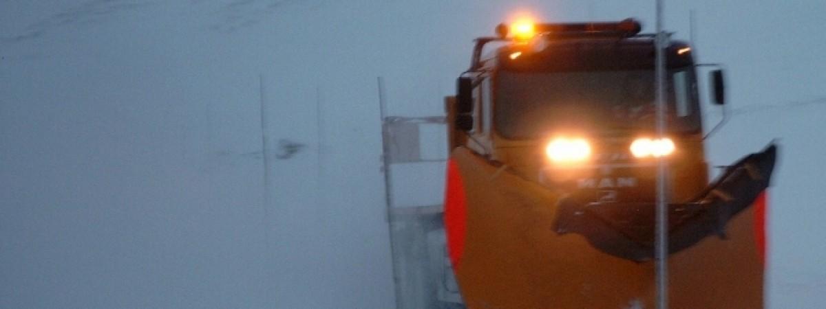 Stała prędkość i zakaz wyprzedzania: tak wygląda norweska jazda w kolumnie