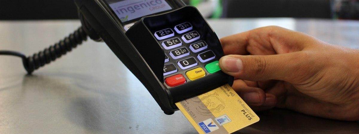 Norwegia może być pierwszym krajem bezgotówkowym: 8 na 10 obywateli płaci tylko kartą