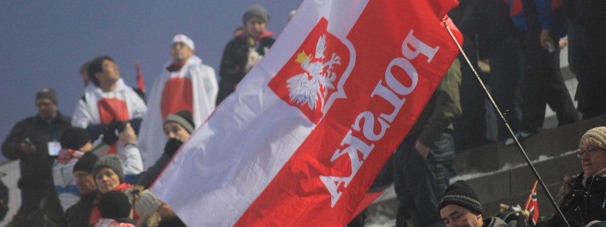 Norwescy skoczkowie zapraszają na Raw Air… po polsku [WIDEO]