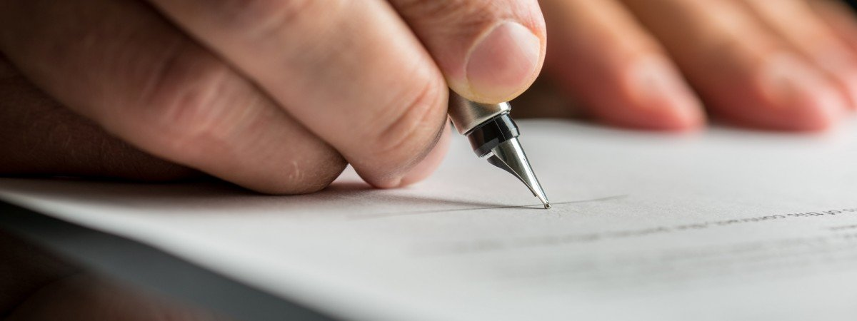 Państwowa posada po krótszym stażu pracy? Nowe prawo zmniejszy odsetek umów tymczasowych