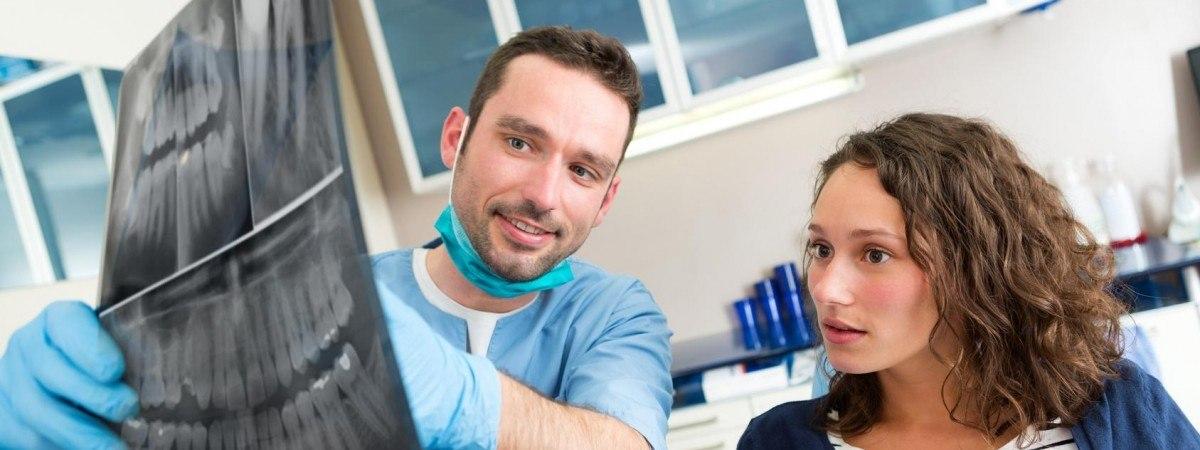 """Koniec """"turystyki dentystycznej""""? Norwescy lekarze chcą ograniczyć zagraniczne wyjazdy na leczenie"""