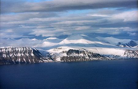 isfjorden_rdo_wikipedia.jpg