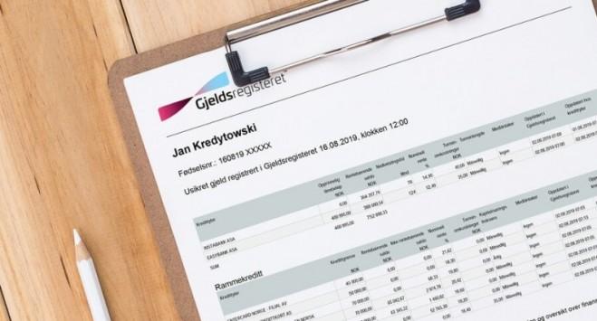 Rekordowa liczba rezygnacji z kart kredytowych w bankach w Norwegii