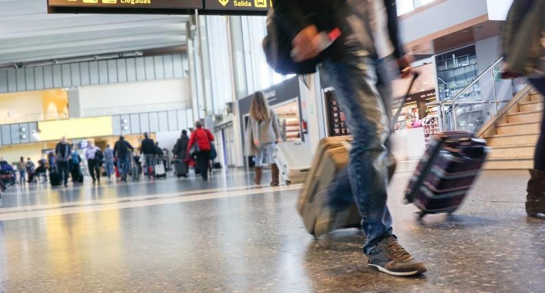 Podróżujesz do rodziny w Polsce? Sprawdź, jak przygotować potwierdzenia podróży do rozliczenia