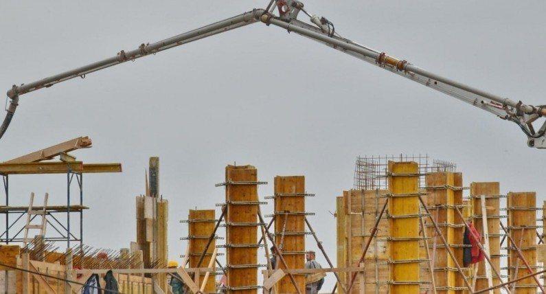 Branży budowlanej grozi całkowite wstrzymanie. Pracę mogą stracić dziesiątki tysięcy osób