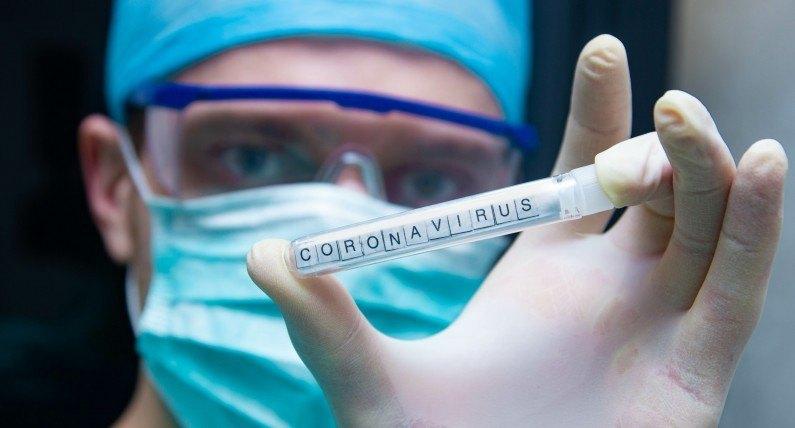 FHI: pierwsza fala epidemii dobiegła końca. W większości gmin nie przybywa nowych zakażonych