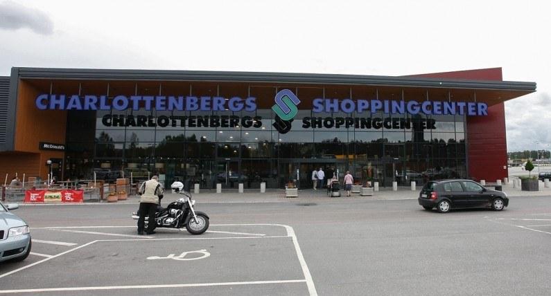 Koniec zakupowych wycieczek Norwegów? FHI zaleca zamknięcie kolejnych szwedzkich regionów