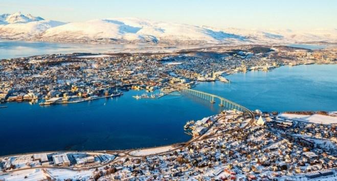Koniec nocy polarnej: Tromsø świętuje powrót słońca