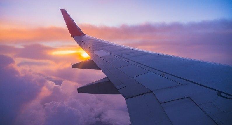 Zakaz lotów zniesiony: z Polski wystartowały pierwsze samoloty do Norwegii