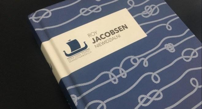 """Dzisiejsza Norwegia w książce sprzed lat. """"Niewidzialni"""" Roya Jacobsena wracają na półki księgarń"""