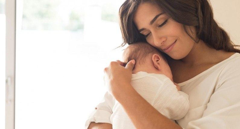 Macierzyński lub becikowe: NAV pomaga młodym matkom