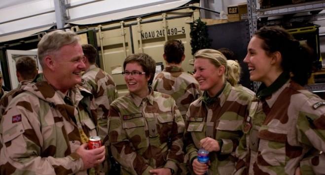 Pierwszy tysiąc rekrutek kończy obowiązkową służbę wojskową. Jakie wspomnienia wyniosą?