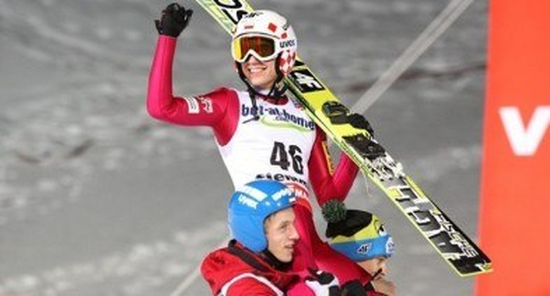 Pożegnanie sezonu skoków narciarskich: Kraft zdobywa Kryształową Kulę, Stoch drugi w PŚ. Polska najlepszą drużyną