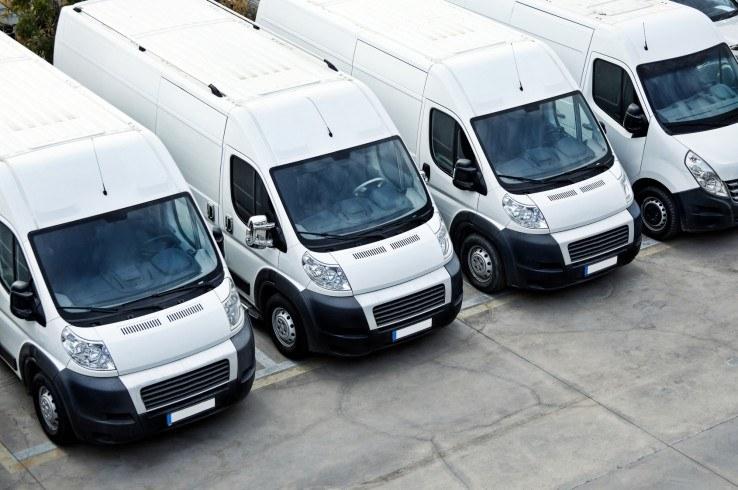 Wykorzystanie samochodu firmowego i prywatnego ujęte w rocznym raporcie płacowym