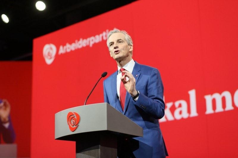 – Naszymi priorytetami będą praca, klimat i dobrobyt Norwegów – zapewniał 13 października Jonas Gahr Støre.