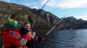 Hol z 60 metrów Dorsz Czarniak 8kg i 6kg Norwegia 2013 Seavareid