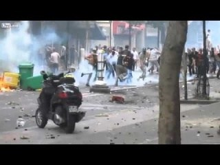 Muslims riot in Paris, France. 20/7/2014