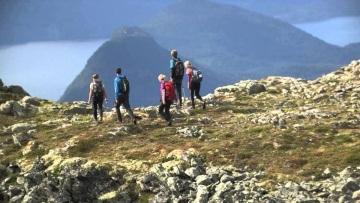 Romsdalseggen hiking