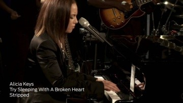"Alicia Keys Performs ""Try Sleeping With A Broken Heart"" (iHeartRadio Live Series)"