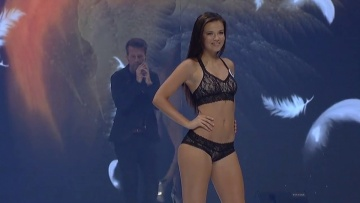 ČESKÁ MISS 2017 - Top 12 Swimsuit Competition (Part 3)