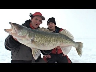 Ridiculous Rattle Walleye - Uncut Angling - Feb. 2, 2012