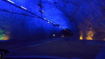 Niezwykly Swiat - Norwegia - Lærdalstunnelen – najdłuższy drogowy tunel świata