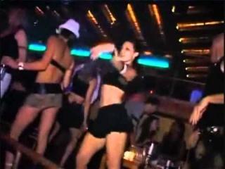house music 2010 2011 chispassound dj ibiza privilege pacha space amnesia matinee bora bora electro