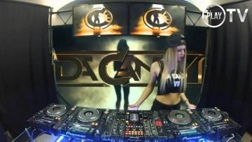 DJ Da Candy CandyNation mashuping on 4 CDJs 2016